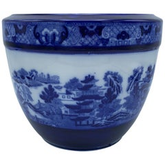 """Early 20th Century Minton Blue and White """"Blue Willow"""" Porcelain Cachepot"""