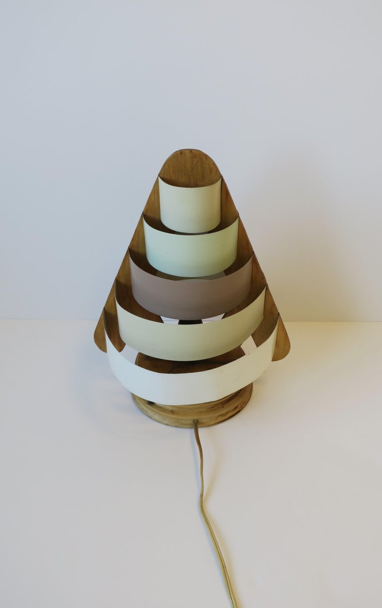 Art Deco Modern Desk or Table Lamp For Sale 9