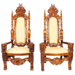 Early 20th Century Pair of Carved Lions Heads Heraldry Throne Chairs