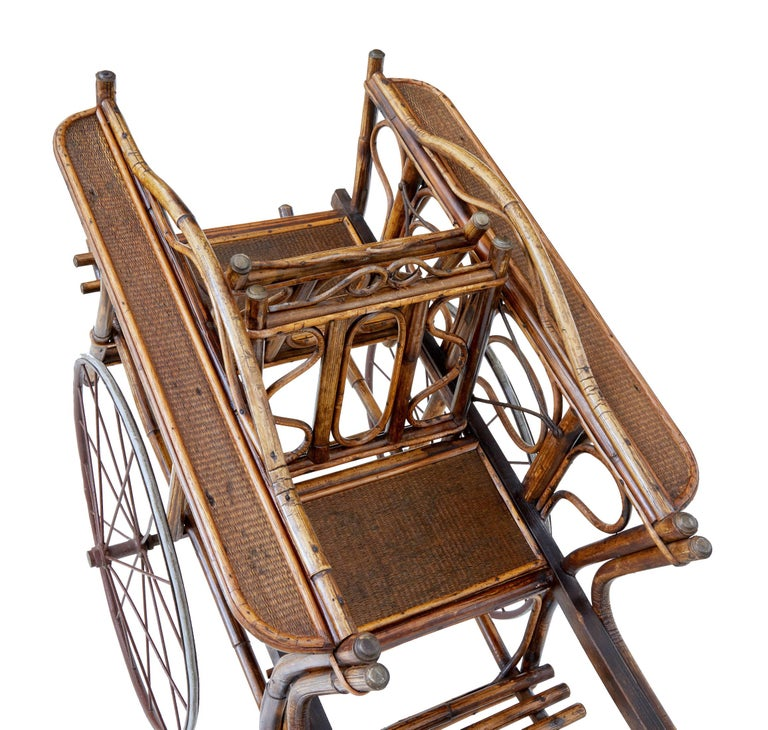 Early 20th Century Oriental Bamboo 2-Seat Child Carriage In Good Condition For Sale In Debenham, Suffolk