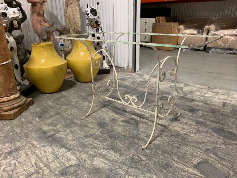Early 20th Century Painted Iron Garden Table In Good Condition For Sale In Atlanta, GA