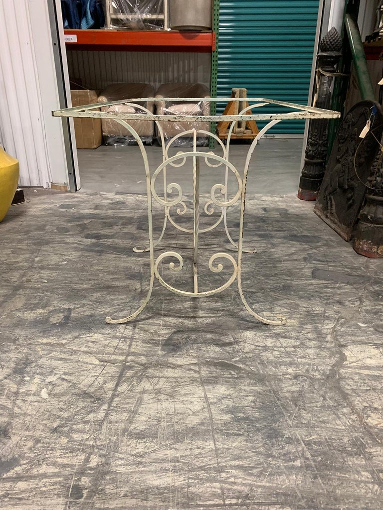 Early 20th Century Painted Iron Garden Table For Sale 1