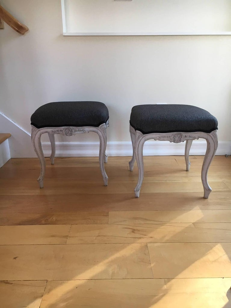 Early 20th Century Pair of Danish Louis XVI Style Stools For Sale 2