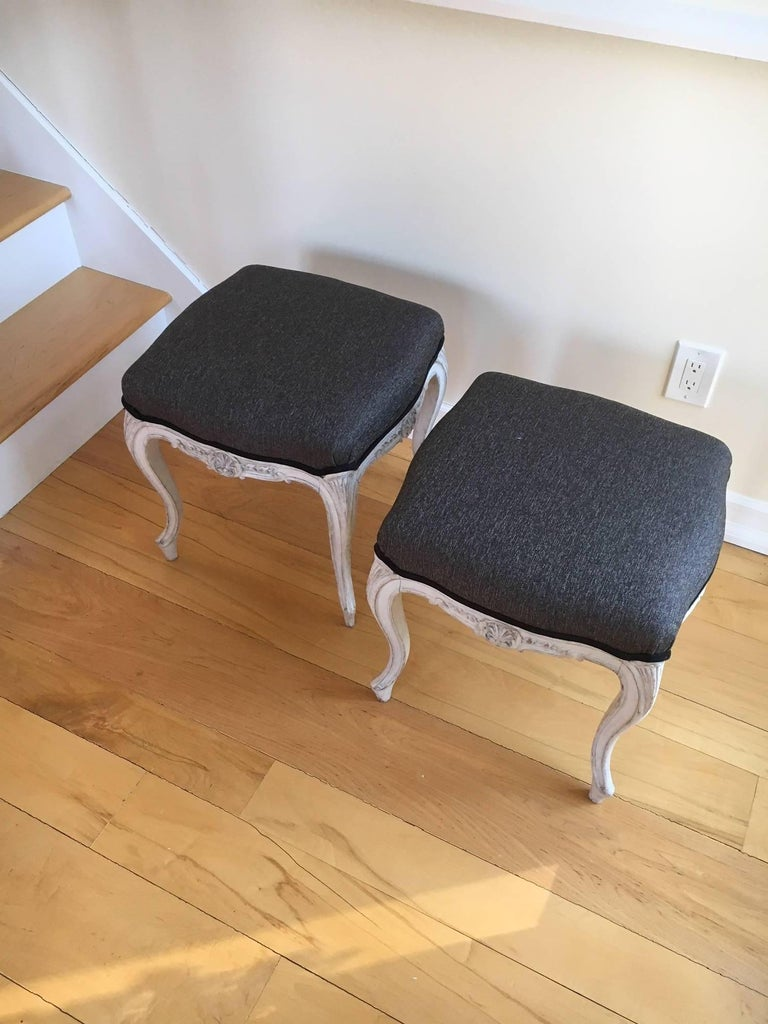 Early 20th Century Pair of Danish Louis XVI Style Stools For Sale 5