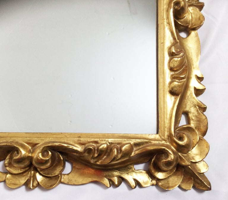 Early 20th Century Pair of Italian Gold Gilt Carved Wood Mirrors For Sale 4