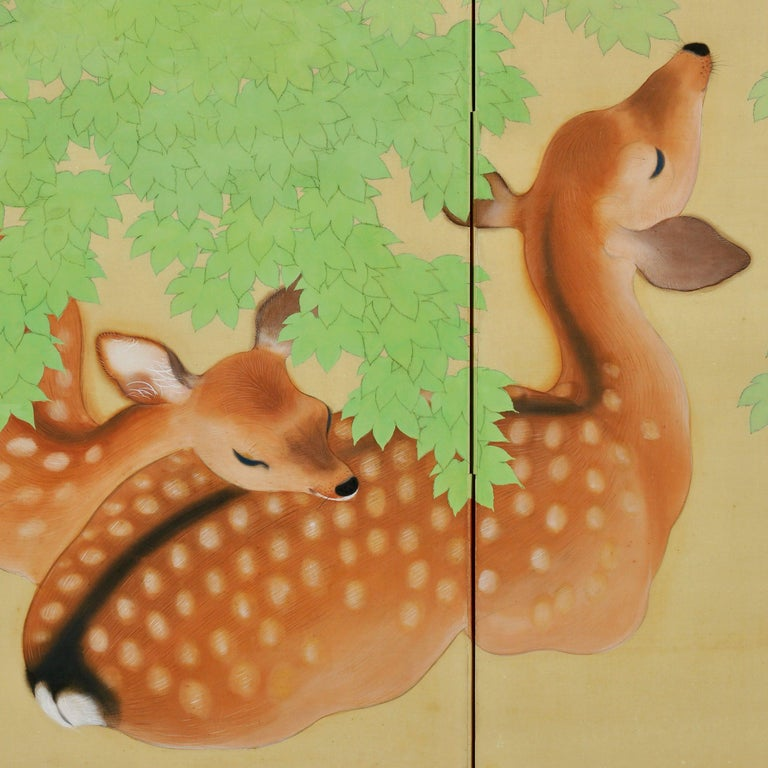 Hand-Painted Early 20th Century Pair of Japanese Folding Screens, Deer Under Maple Trees For Sale