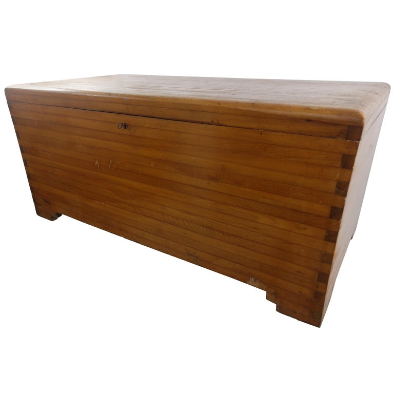 Early 20th Century Pine Blanket Chest For Sale