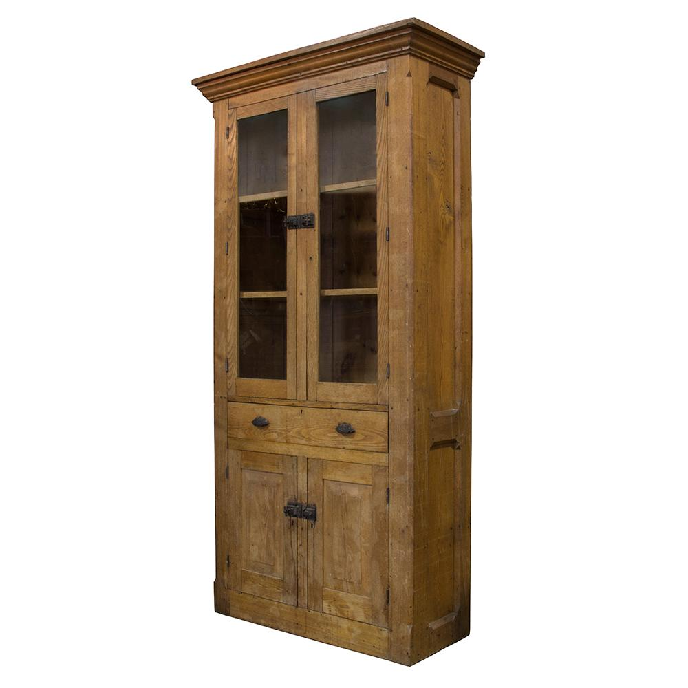 Rustic Early 20th Century Pine Hutch For Sale