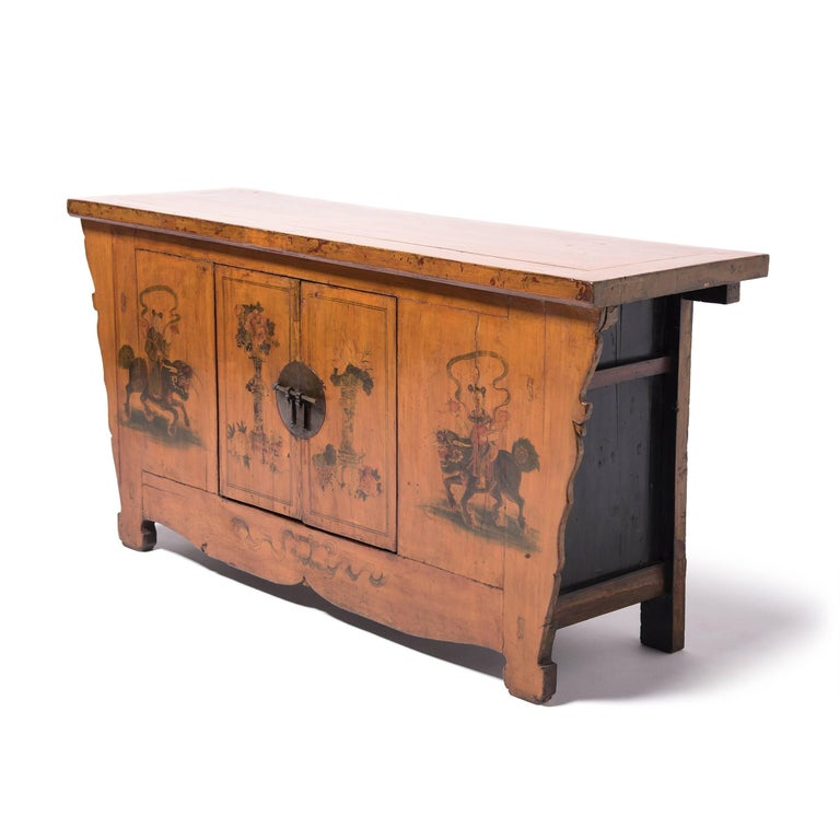 Early 20th Century Chinese Painted Qilin Sideboard In Good Condition For Sale In Chicago, IL