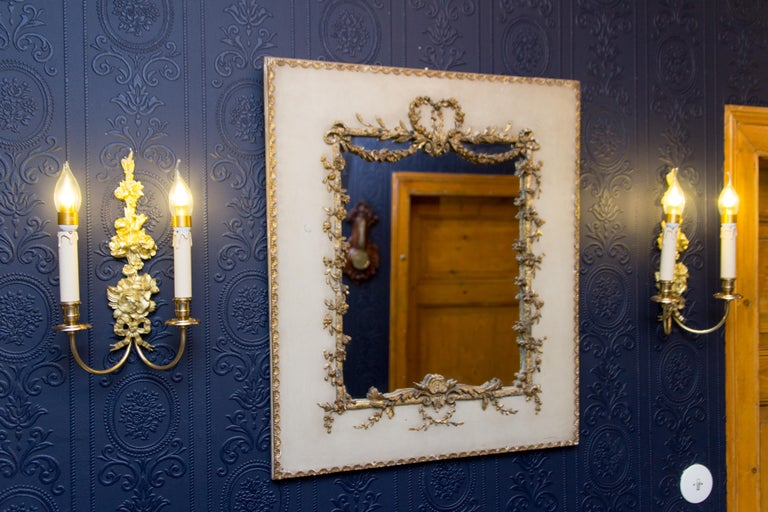 Early 20th Century Rococo Style Mirror or Picture Frame In Distressed Condition For Sale In Barntrup, DE
