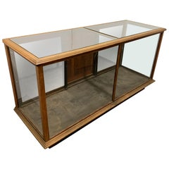Early 20th Century Russel & Sons Wooden Glass Top Floor Display Case Vitrine