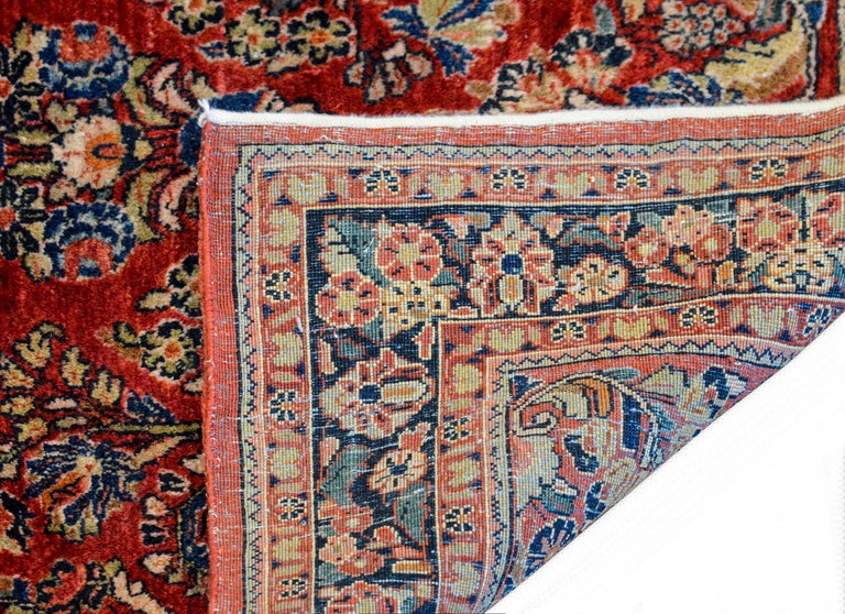 Early 20th Century Sarouk Rug For Sale 3