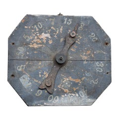 Early 20th Century Scratch-Built Pine and Metal English Fairground Gaming Wheel