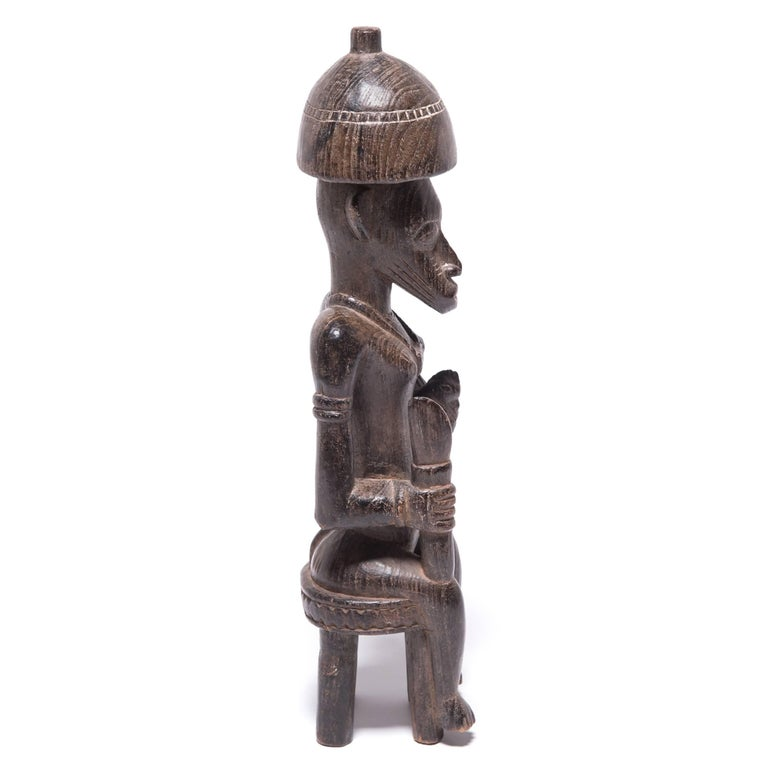 Early 20th Century Senufu Seated Female Guardian In Good Condition For Sale In Chicago, IL