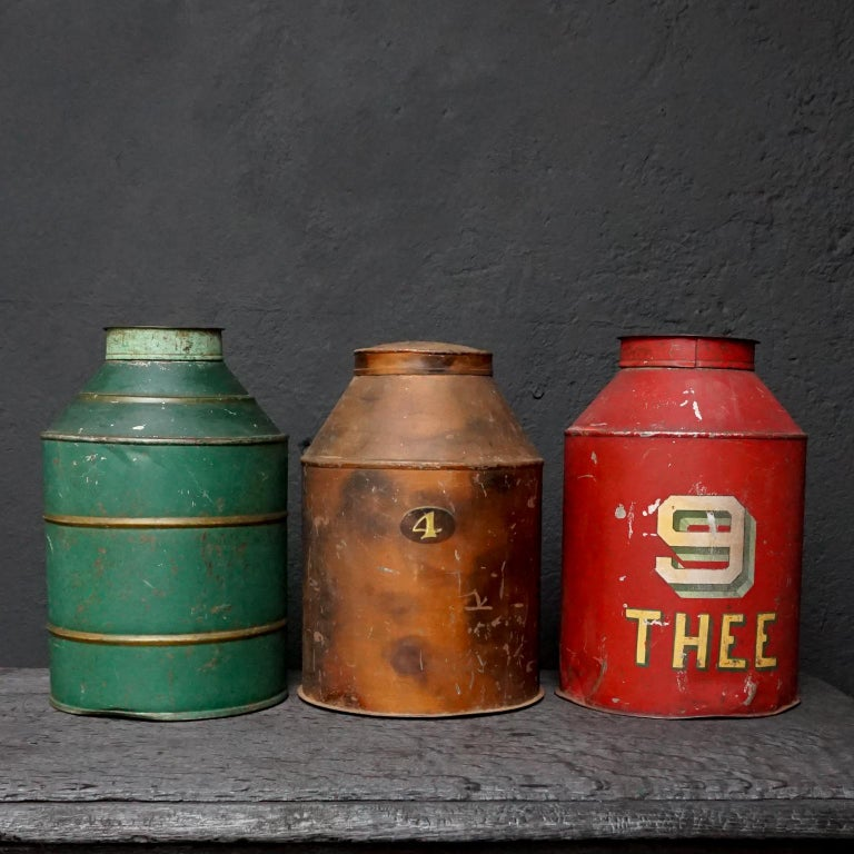 Hand-Painted Early 20th Century Set of Eight Dutch Tea Tins For Sale