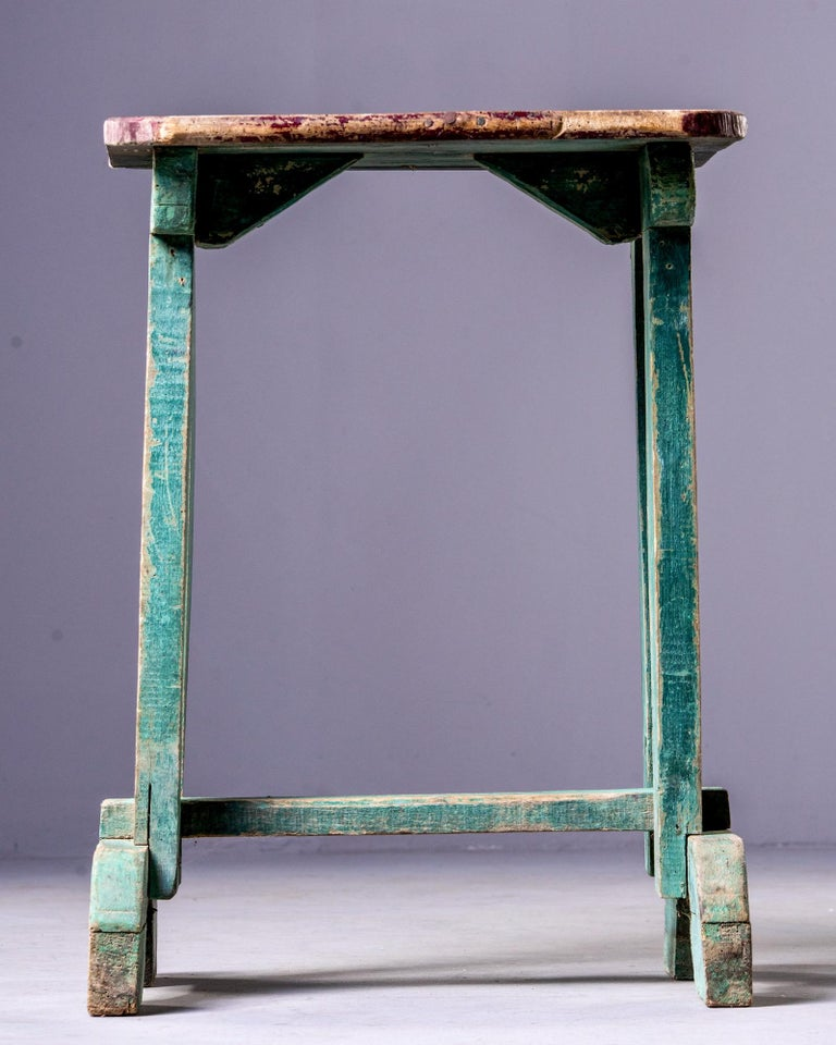 Early 20th Century Side Table with Original Paint In Good Condition For Sale In Troy, MI