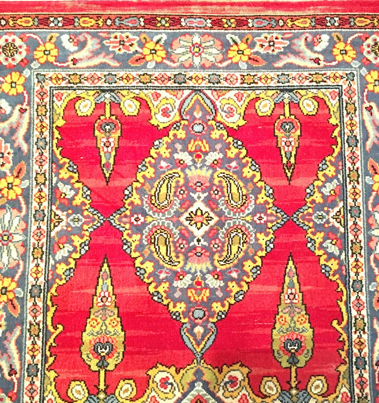 Early 20th Century Silk & Wool Paisley Blossom Rug For Sale 1