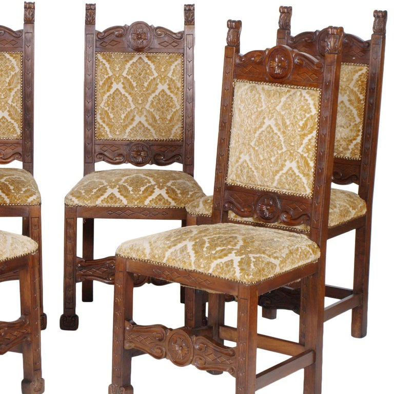 Italian Early 20th Century Six Renaissance Chairs, in Solid Walnut Richly Hand Carved For Sale