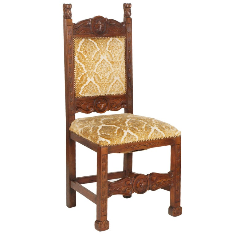 Hand-Carved Early 20th Century Six Renaissance Chairs, in Solid Walnut Richly Hand Carved For Sale