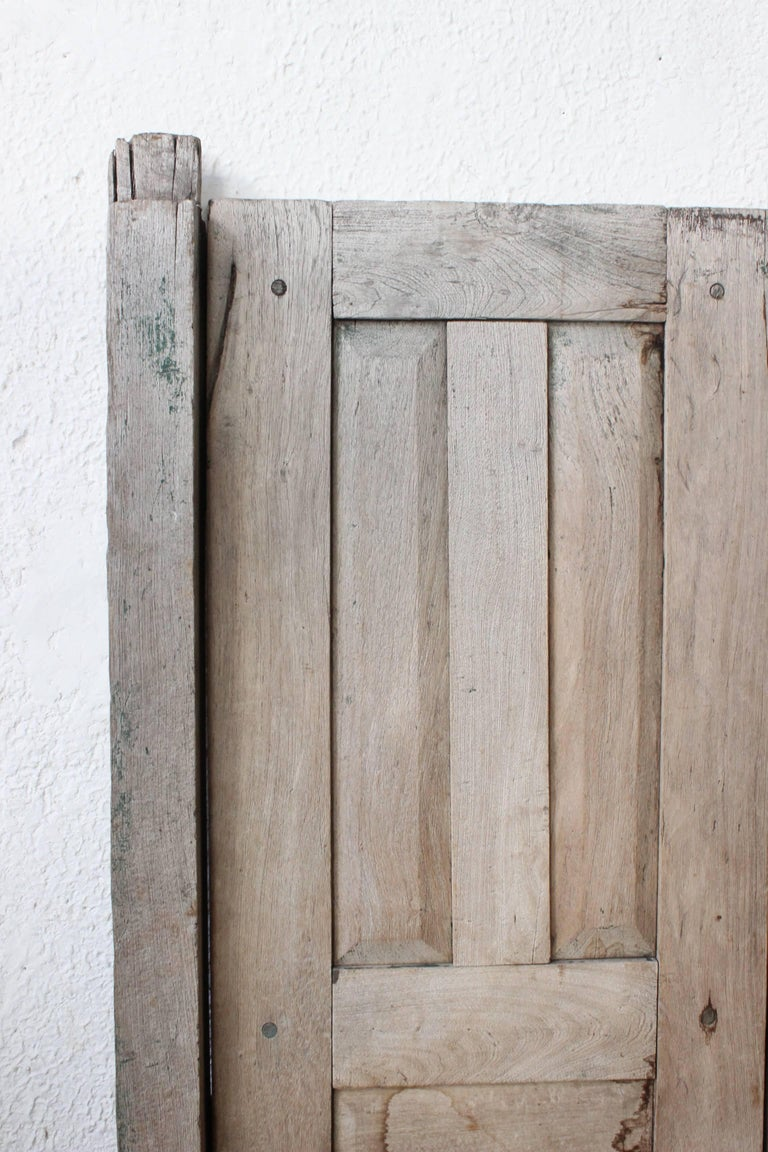Early 20th Century Solid Mesquite Wood Door Found in Western México For Sale 7