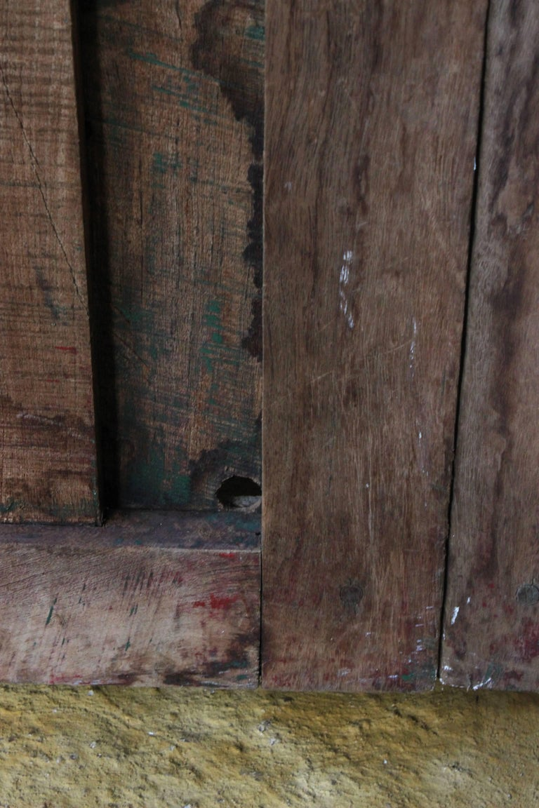Early 20th Century Solid Mesquite Wood Door Found in Western México In Excellent Condition For Sale In Guadalajra, MX