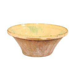 Early 20th Century Spanish Terracotta Bowl with Muted Yellow Tones