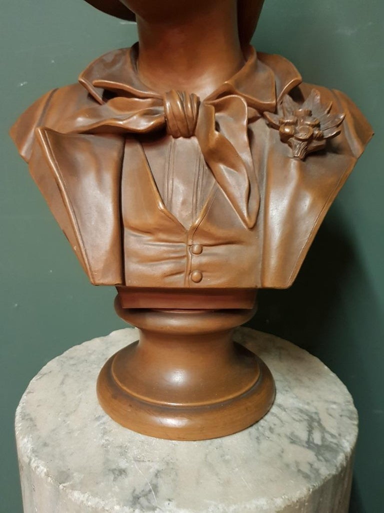 Early 20th Century Terracotta Bust of an Elegant Young Lady with a Hat For Sale 1