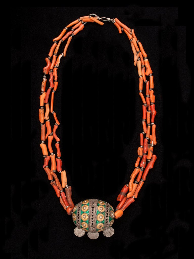 Early 20th Century Tribal Coral and Silver Pendant Necklace, Morocco In Fair Condition In Point Richmond, CA