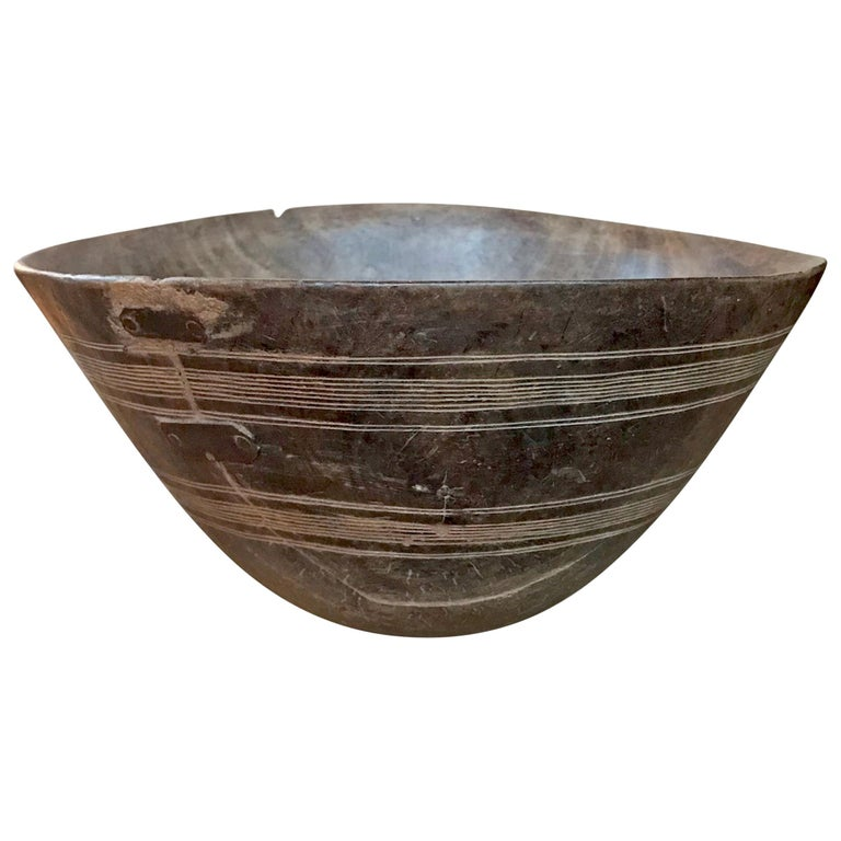 Early 20th Century Tuareg Bowl For Sale