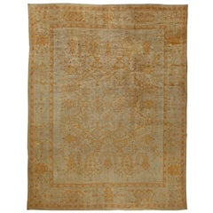 Early 20th Century Turkish Oushak Rug in Beige and Yellow
