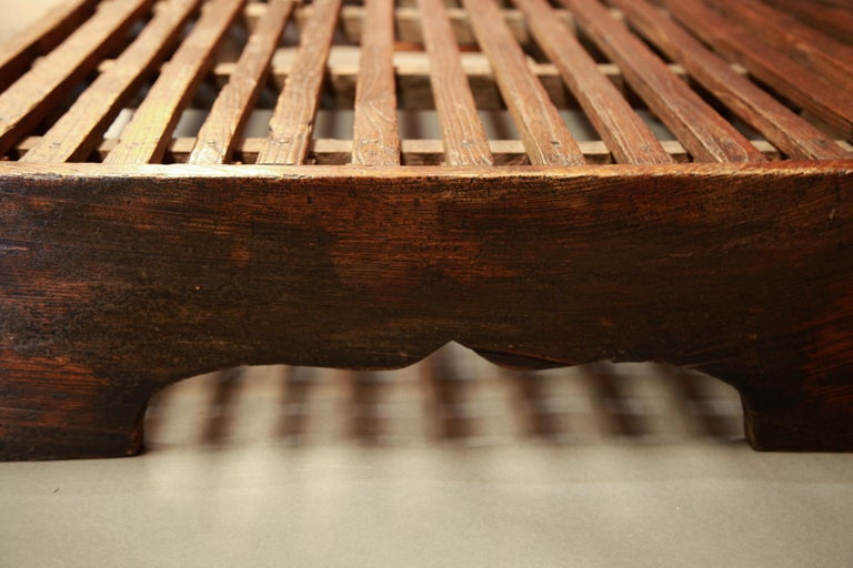 Hand-Carved Early 20th Century Two-Piece Korean Summer Wooden Bed For Sale