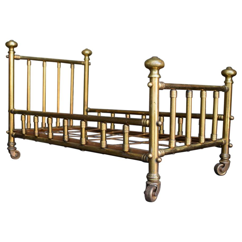 Early 20th Century Usine La Fontaine Paris Shop Display Brass Bed Sales Model