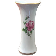 Early 20th Century Vase in White Porcelain by Meissen with Rose Decoration