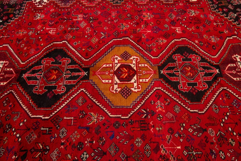 Early 20th Century Vintage Shiraz Wool Rug For Sale 2