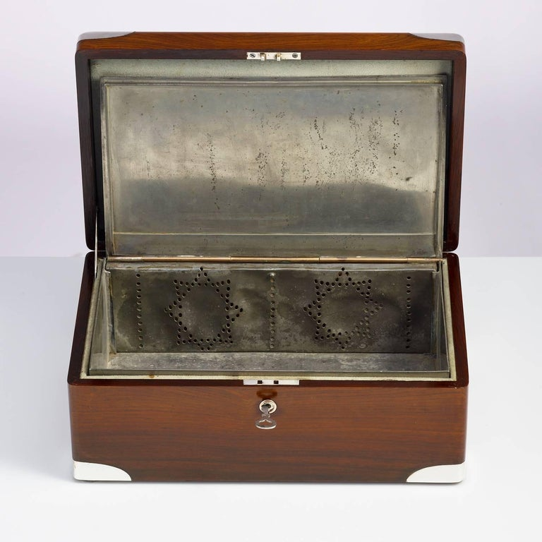 Early 20th Century Walnut Cigar Humidor, circa 1900 with Sterling Silver Corners For Sale 1
