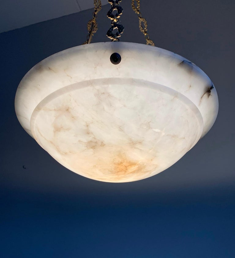 Nice Early 1900 White Alabaster Art Deco Pendant & Stunning Gilt Bronze Chain For Sale 5