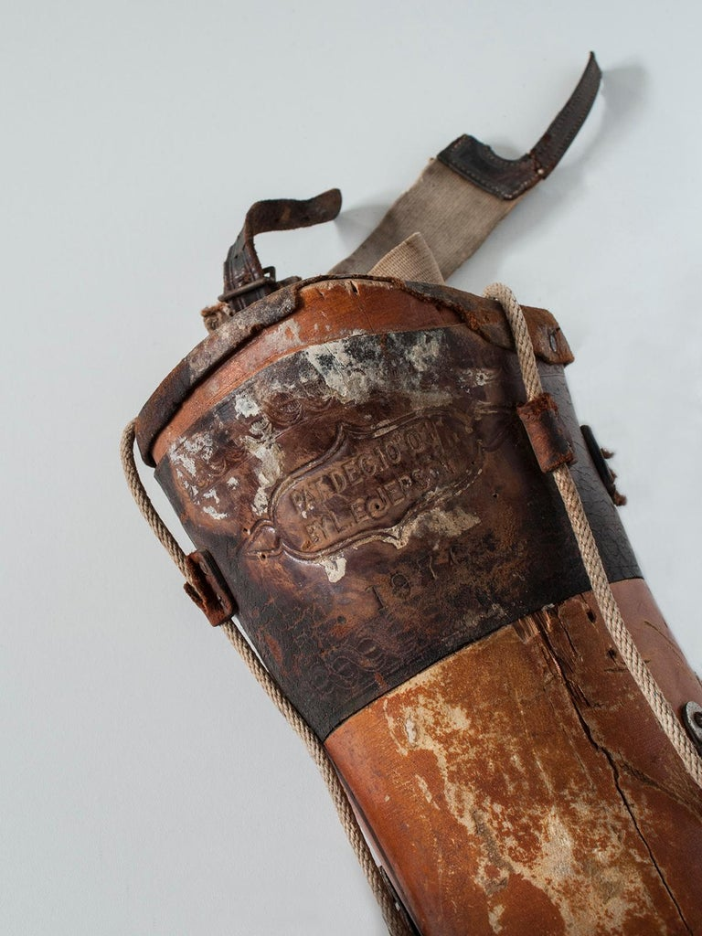 North American Early 20th Century Wooden Prosthetic Leg For Sale