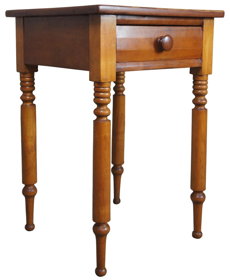 Early American 19th century Primitive antique cherry side accent end table 29