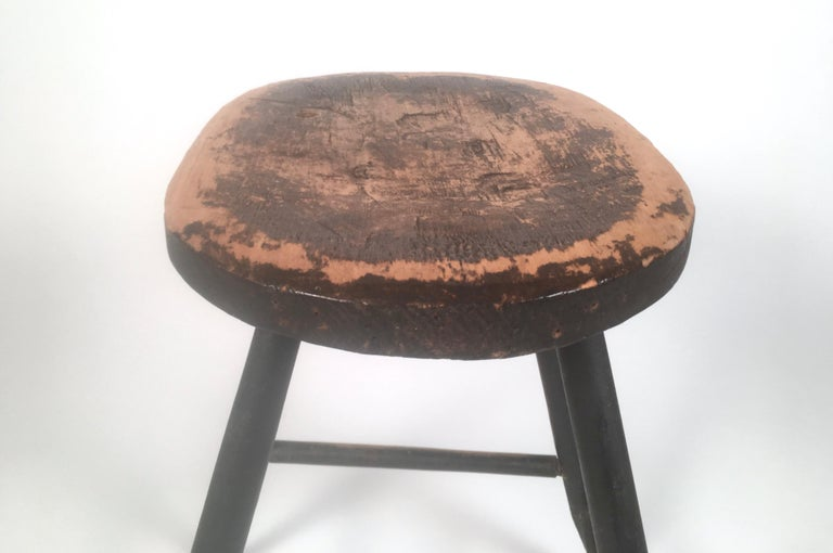 Painted Early American Country Windsor Stool or Occasional Table For Sale