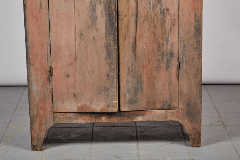 19th Century Early American Rustic Two-Door Cabinet For Sale