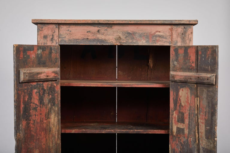 Early American Rustic Two-Door Cabinet For Sale 1