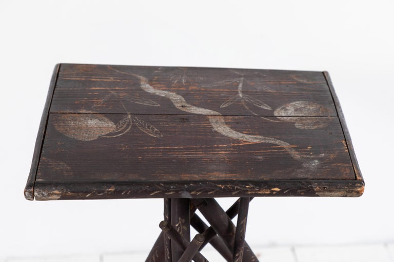 Early American Tall Table with Hand Painted Stenciled Top In Excellent Condition For Sale In Los Angeles, CA