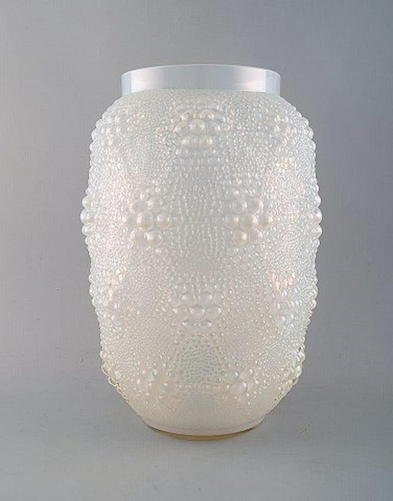 Early and large René Lalique