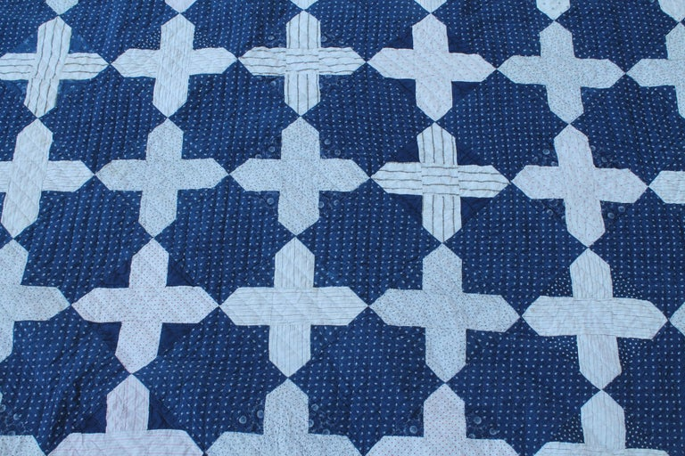 American Early Antique Quilt, 19th Century Blue and White Calico Quilt For Sale