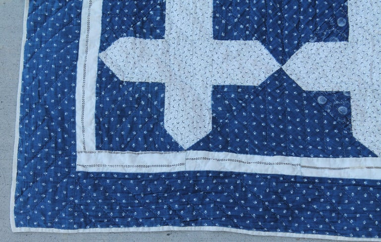 Hand-Crafted Early Antique Quilt, 19th Century Blue and White Calico Quilt For Sale