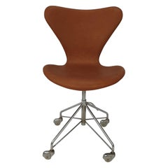 Early Arne Jacobsen 3117 Swivel Desk Chair by Fritz Hansen, 1960's