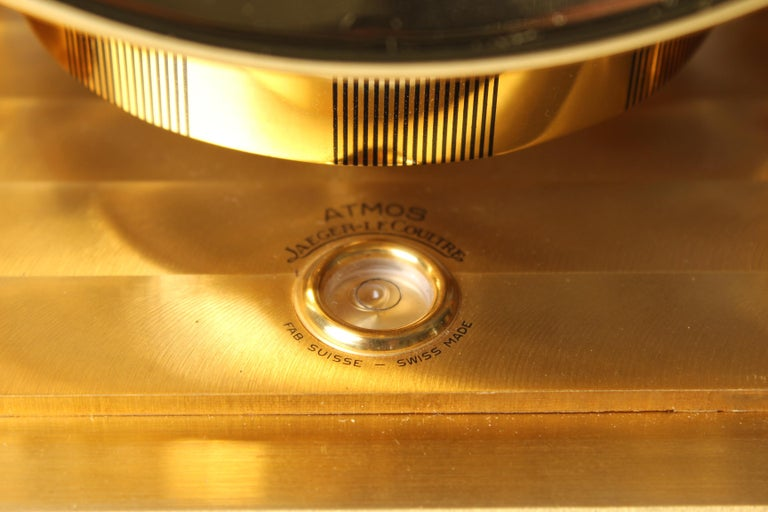 Early ATMOS II Clock from 1949, Jaeger-LeCoultre, Classic Design, White, Gold For Sale 4