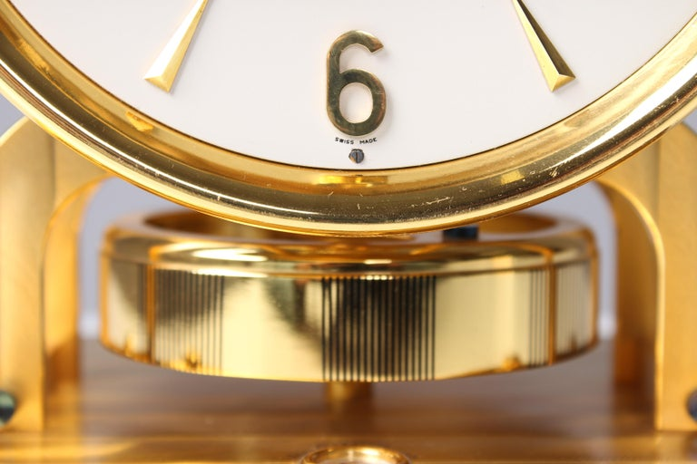 Gilt Early ATMOS II Clock from 1949, Jaeger-LeCoultre, Classic Design, White, Gold For Sale