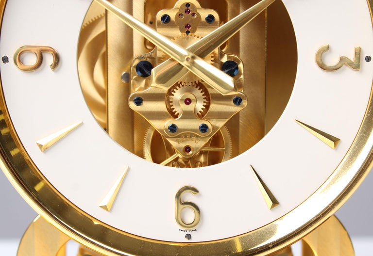 Early ATMOS II Clock from 1949, Jaeger-LeCoultre, Classic Design, White, Gold In Good Condition For Sale In Greven, DE