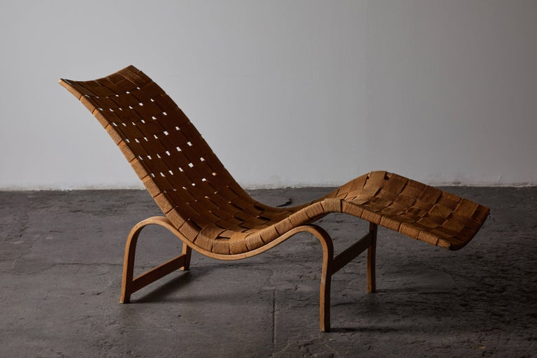Swedish Early Chaise Lounge by Bruno Mathsson For Sale